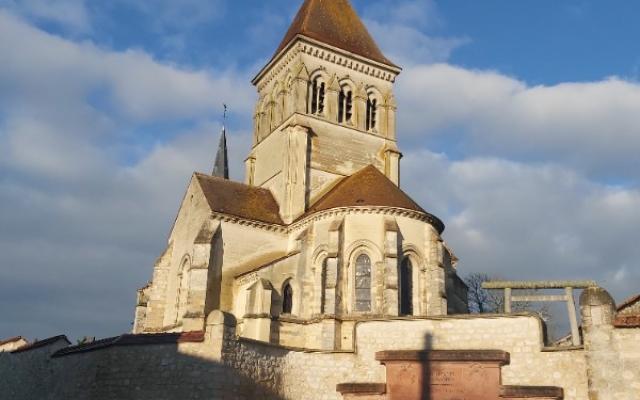 Line funéraire sur les routes de France